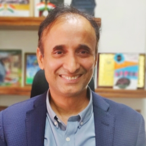 Dr. Rajeev Saraf